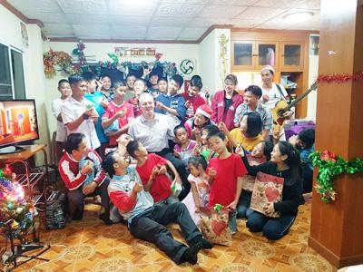 Thailand-Chiang-Mai-The-Ark-Weihnachtsfeiermit-Klaus
